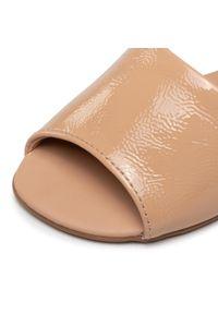 Beżowe sandały Bibi