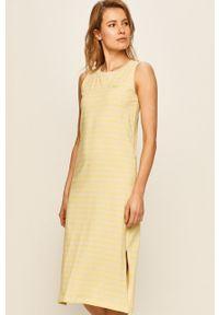 Vans - Sukienka. Okazja: na co dzień. Kolor: żółty. Materiał: dzianina. Długość rękawa: na ramiączkach. Typ sukienki: proste. Styl: casual