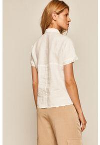 Biała koszula medicine z klasycznym kołnierzykiem, na co dzień, casualowa, krótka