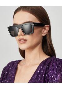 Tom Ford - TOM FORD - Okulary przeciwsłoneczne. Kolor: czarny