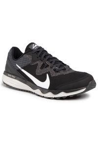 Czarne buty do biegania Nike z cholewką