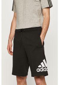 Czarne szorty Adidas z nadrukiem, na co dzień