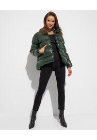 Pinko - PINKO - Puchowa kurtka z cekinami. Kolor: zielony. Materiał: puch. Długość rękawa: długi rękaw. Długość: długie