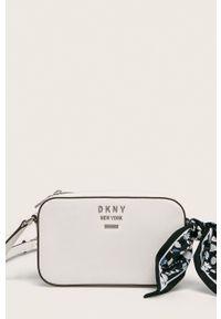 Biała listonoszka DKNY mała, z aplikacjami