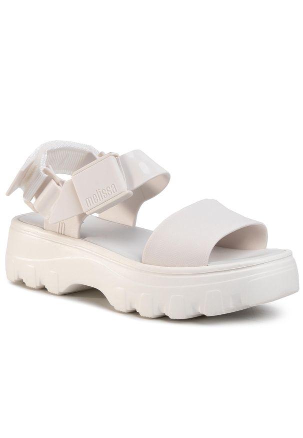Białe sandały melissa