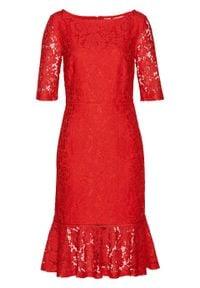 Czerwona sukienka bonprix w koronkowe wzory