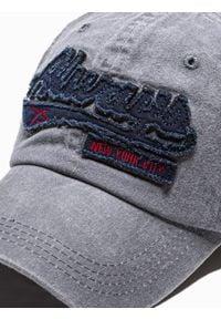 Ombre Clothing - Czapka męska z daszkiem H090 - szara - uniwersalny. Kolor: szary. Materiał: bawełna