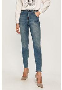 Niebieskie proste jeansy Cross Jeans