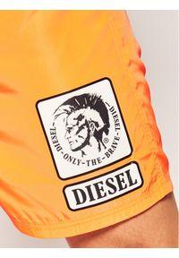 Pomarańczowe szorty Diesel