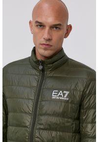 EA7 Emporio Armani - Kurtka puchowa. Okazja: na co dzień. Kolor: zielony. Materiał: puch. Styl: casual
