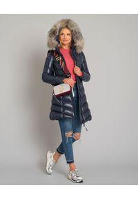 MONCLER - Granatowy płaszcz puchowy Fulmarus. Kolor: niebieski. Materiał: puch. Wzór: aplikacja. Sezon: jesień, zima. Styl: klasyczny, elegancki