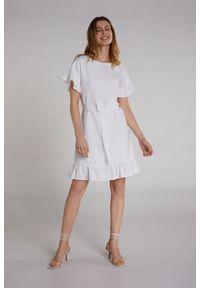Biała sukienka Oui z falbankami
