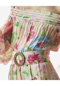 ROCOCO SAND - Sukienka z kwiatowym nadrukiem. Kolor: beżowy. Materiał: materiał. Wzór: nadruk, kwiaty. Styl: klasyczny