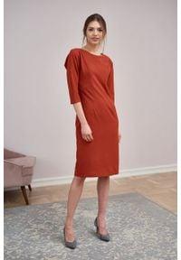 Marie Zélie - Sukienka Milena krepa wiskozowa rudy brąz. Kolor: brązowy. Materiał: wiskoza. Typ sukienki: proste