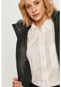 Czarna kurtka Calvin Klein na co dzień, z kapturem