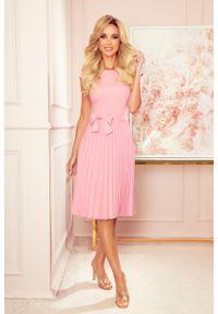 Różowa sukienka Numoco elegancka