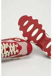 Czerwone buty sportowe Puma na sznurówki, z cholewką, na obcasie, na średnim obcasie