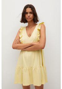 mango - Mango - Sukienka CARILE. Kolor: żółty. Materiał: materiał, bawełna. Typ sukienki: rozkloszowane