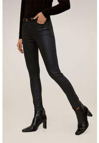 Czarne jeansy mango