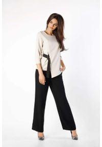 Nommo - Beżowa Bluzka Asymetryczna z Czarną Taśmą. Kolor: czarny, wielokolorowy, beżowy. Materiał: wiskoza, poliester