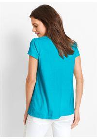 Shirt bawełniany z koronką i krótkim rękawem bonprix błękit laguny. Kolor: niebieski. Materiał: bawełna, koronka. Długość rękawa: krótki rękaw. Długość: krótkie. Wzór: koronka