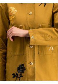 Tory Burch Kurtka jeansowa 55597 Żółty Regular Fit. Kolor: żółty. Materiał: jeans