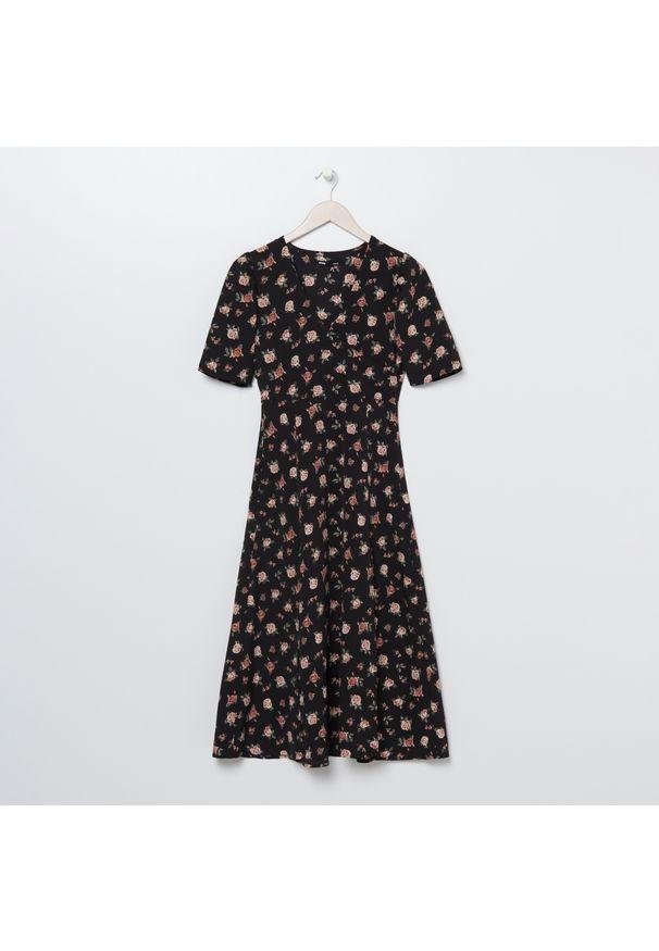 Sukienka Sinsay midi, z nadrukiem