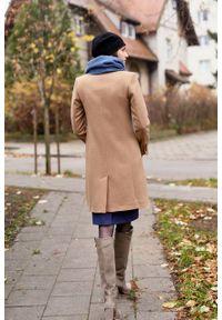 Marie Zélie - Płaszcz wełniany Debora beżowy – flausz. Kolor: beżowy. Materiał: wełna. Wzór: motyw zwierzęcy, ze splotem. Sezon: zima. Styl: klasyczny #4