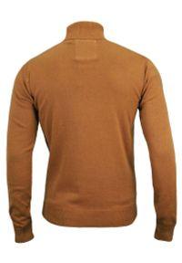 Golf Musztardowy Elegancki Męski -Brave Soul- 100% BAWEŁNA, Klasyczny, Beżowy. Typ kołnierza: golf. Kolor: brązowy, wielokolorowy, beżowy. Materiał: bawełna. Sezon: jesień, zima. Styl: elegancki, klasyczny