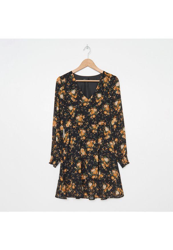 Czarna sukienka House w kwiaty