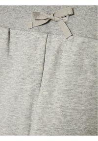 Guess Spodnie dresowe H0YQ00 K7EX0 Szary Regular Fit. Kolor: szary. Materiał: dresówka