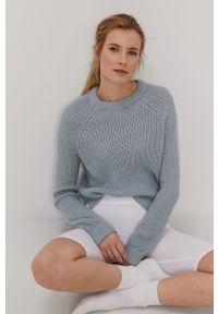 Vero Moda - Sweter. Okazja: na co dzień. Kolor: niebieski. Materiał: włókno, materiał. Długość rękawa: raglanowy rękaw. Styl: casual