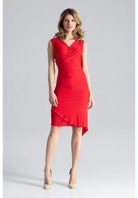 Czerwona sukienka asymetryczna Figl z asymetrycznym kołnierzem