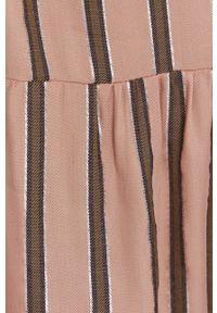 Answear Lab - Sukienka. Okazja: na co dzień. Kolor: różowy. Materiał: tkanina, materiał. Długość rękawa: na ramiączkach. Typ sukienki: proste. Styl: wakacyjny
