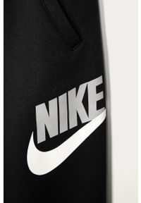 Czarne spodnie dresowe Nike Kids z nadrukiem