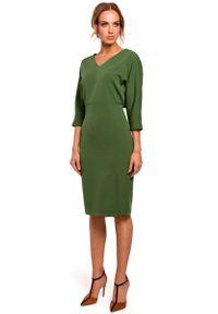 MOE - Zielona Sukienka Oversize z Ołówkowym Dołem. Kolor: zielony. Materiał: poliester, elastan. Typ sukienki: oversize, ołówkowe