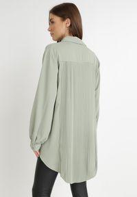 Born2be - Zielona Koszula Thessolea. Kolor: zielony. Materiał: tkanina. Długość: długie. Wzór: gładki. Styl: klasyczny