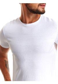 Biały t-shirt TOP SECRET z krótkim rękawem, krótki