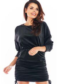 Czarna sukienka Awama