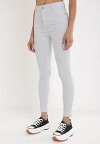 Born2be - Niebieskie Spodnie Skinny Themirose. Kolor: niebieski