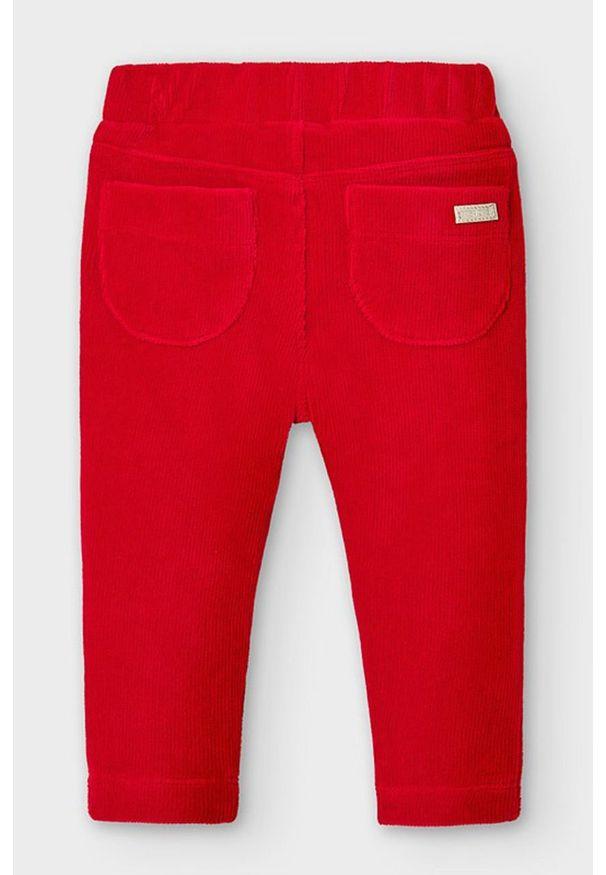 Czerwone spodnie Mayoral