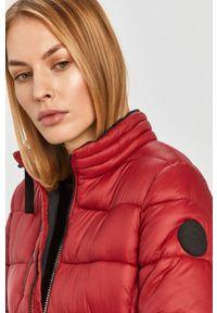 Czerwona kurtka Pepe Jeans z kapturem, na co dzień, casualowa
