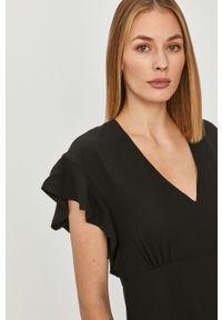Czarna sukienka Guess w kwiaty, z krótkim rękawem, na co dzień, mini