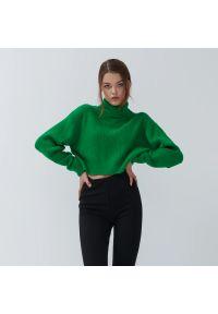 House - Krótki sweter z golfem - Zielony. Typ kołnierza: golf. Kolor: zielony. Długość: krótkie