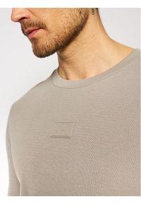 Calvin Klein Jeans Longsleeve J30J317091 Beżowy Regular Fit. Kolor: beżowy. Długość rękawa: długi rękaw
