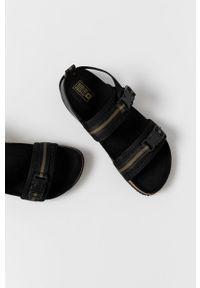 Czarne sandały Big-Star na klamry