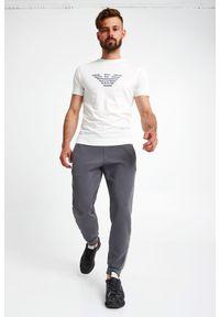 Emporio Armani - T-SHIRT EMPORIO ARMANI. Materiał: bawełna. Długość rękawa: krótki rękaw. Długość: krótkie. Wzór: haft