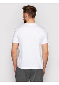 Calvin Klein T-Shirt Chest Box Logo K10K106484 Biały Regular Fit. Kolor: biały