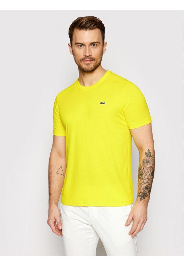 Lacoste T-Shirt TH7618 Żółty Regular Fit. Kolor: żółty