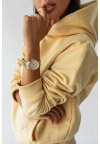 Marsala - Bluza z kapturem w kolorze SUNSHINE - BASIC BY MARSALA. Okazja: na spacer. Typ kołnierza: kaptur. Kolekcja: moda ciążowa. Materiał: elastan, jeans, materiał, bawełna. Sezon: wiosna